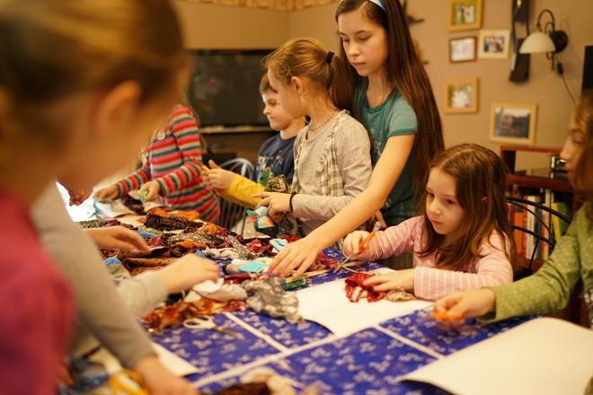 Textilkollázs-lányok-ProHappyKids